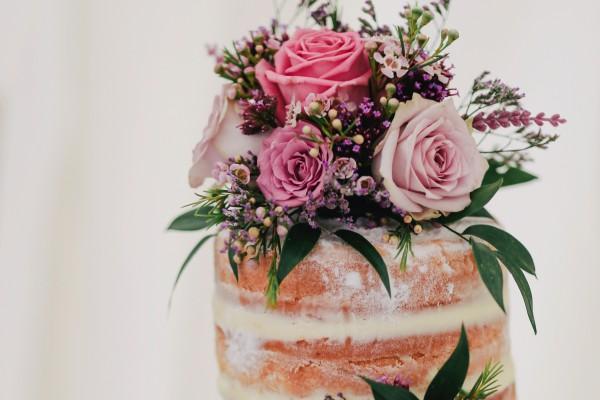 Skumppatorni, luonnollinen kakku ja bestwoman - oletko jo bongannut nämä kesän häätrendit?