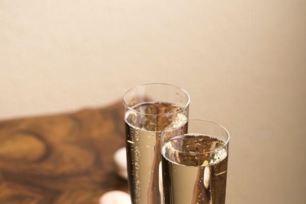 Ylioppilasjuhlien viinitarjoiluvinkit
